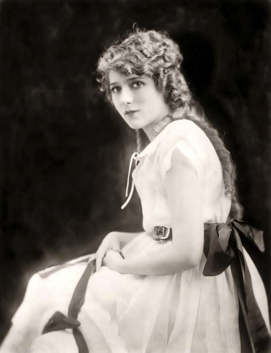 743664_MaryPickford914916 (538x700, 175Kb)
