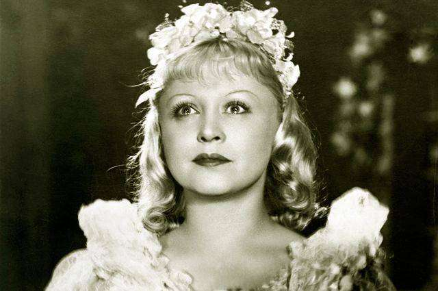 Янина Жеймо — сыграла в картине Золушка (1947)