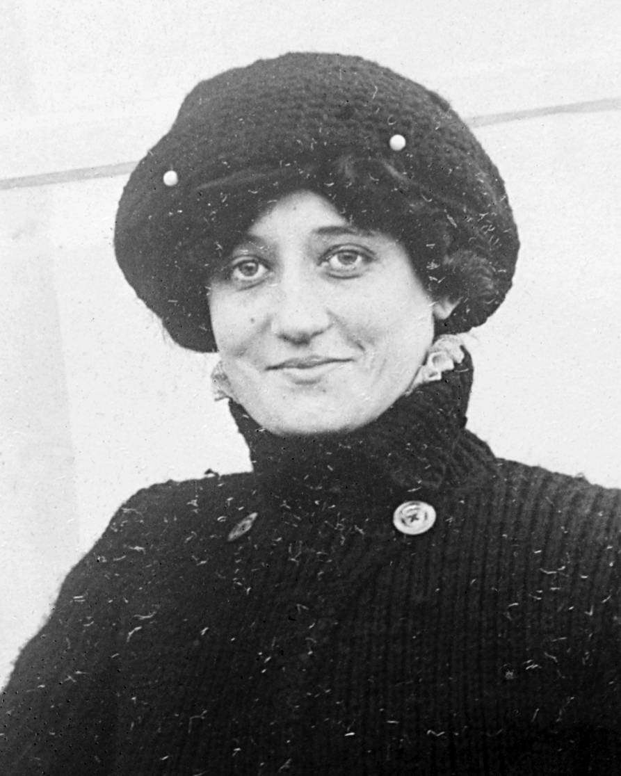 Раймонда де Ларош — первая женщина-пилот погибла будучи штурманом