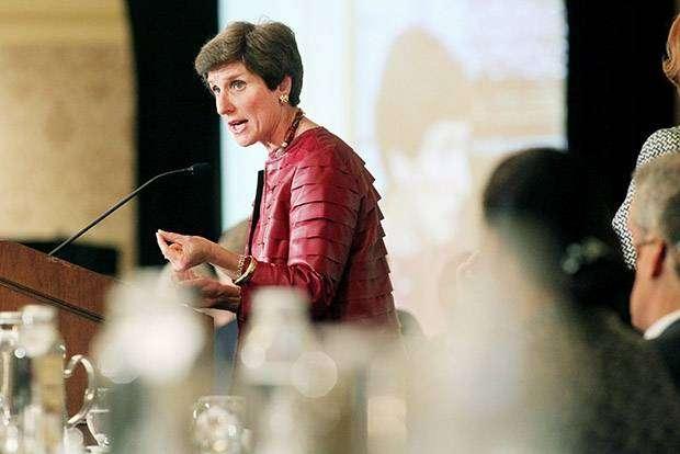 Айрин Розенфельд — биография главы продуктового гиганта