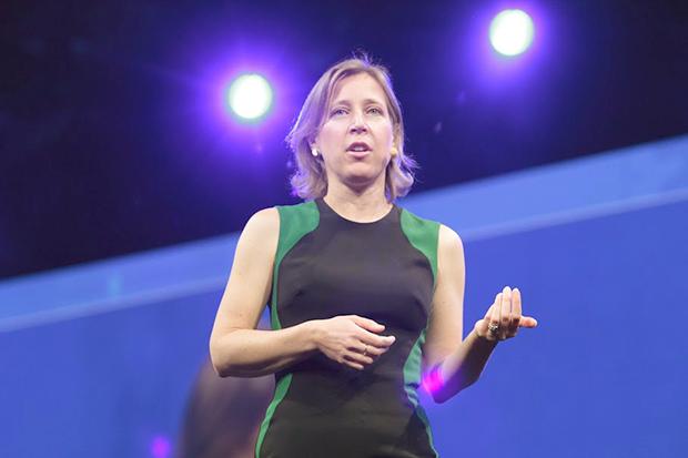 Сьюзен Войжитски — биография главы YouTube в составе Google