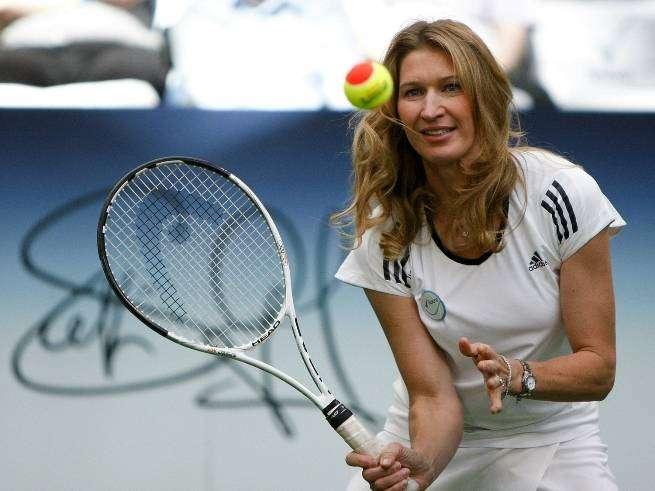 Штеффи Граф — теннисистка века