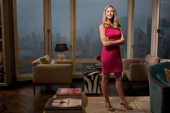 Сара Блейкли — самая молодая миллиардер — белье Spanx