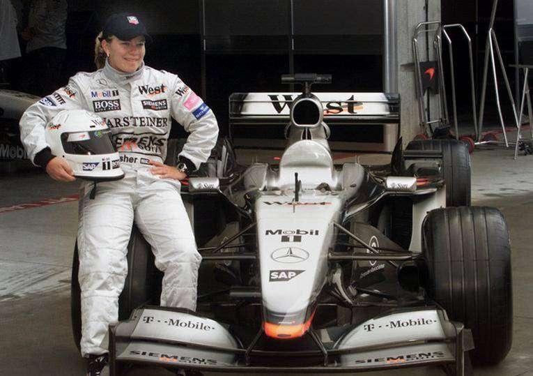 12 женщин в Формуле-1, 24 часа Ле-Мана, IndyCar Series — Тройная корона автоспорта