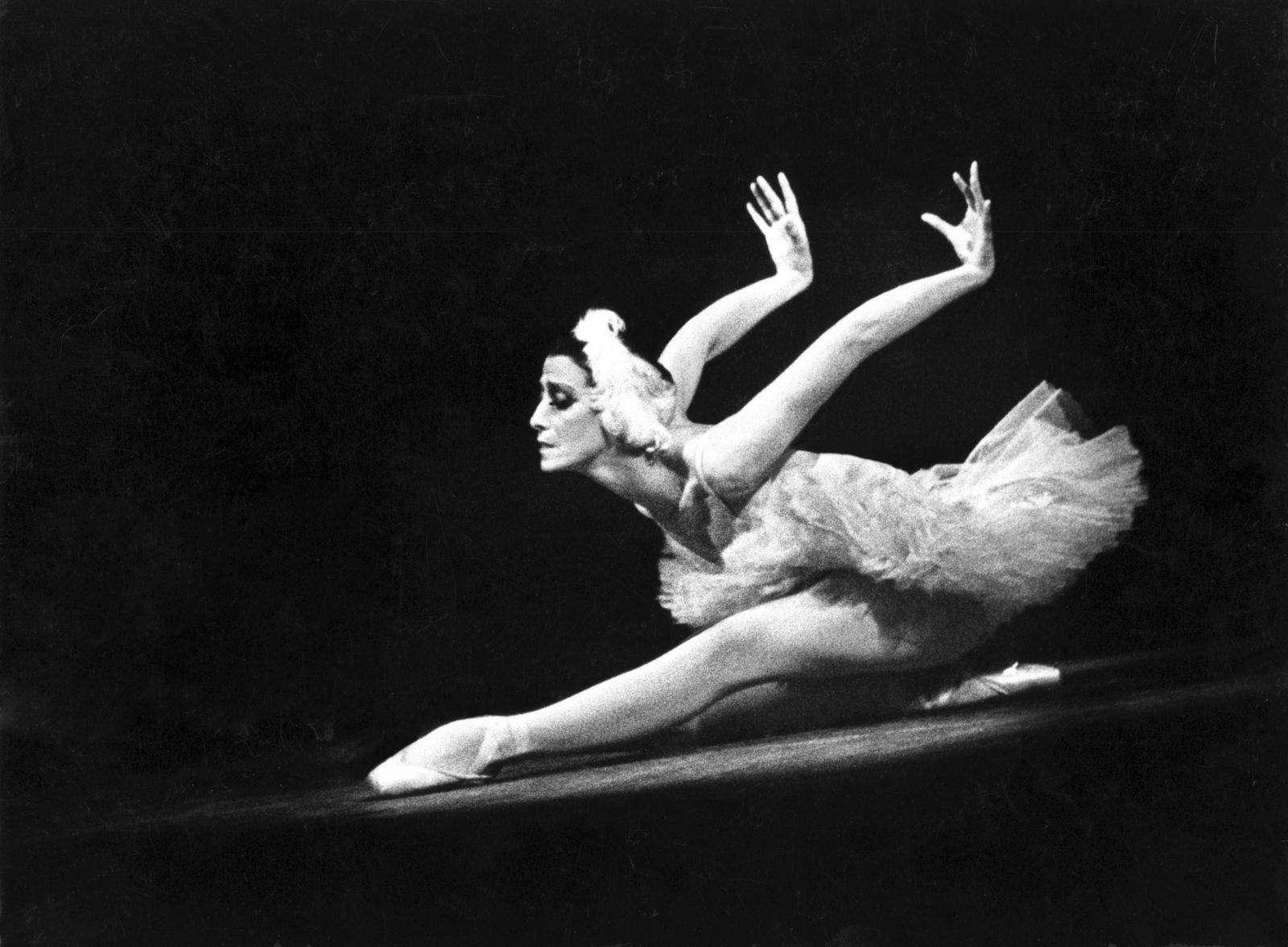 Майя Плисецкая: все тайны Богини танца (биография)
