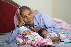 Омкари Панвар: самая старая мать в мире, 70 лет