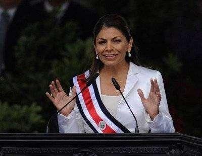 Лаура Чинчилья — первая женщина-президент Коста-Рики
