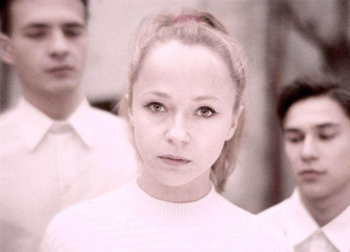 Анжелика Неволина — звезда к/ф «Собачье сердце», муза Алексея Балабанова