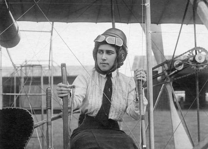 Евгения Шаховская — первая в мире женщина-военный лётчик