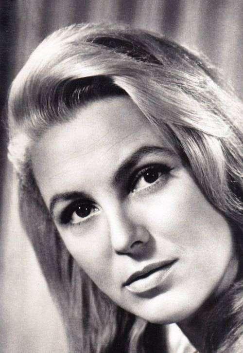 Вия Артмане — советская латвийская актриса театра и кино.
