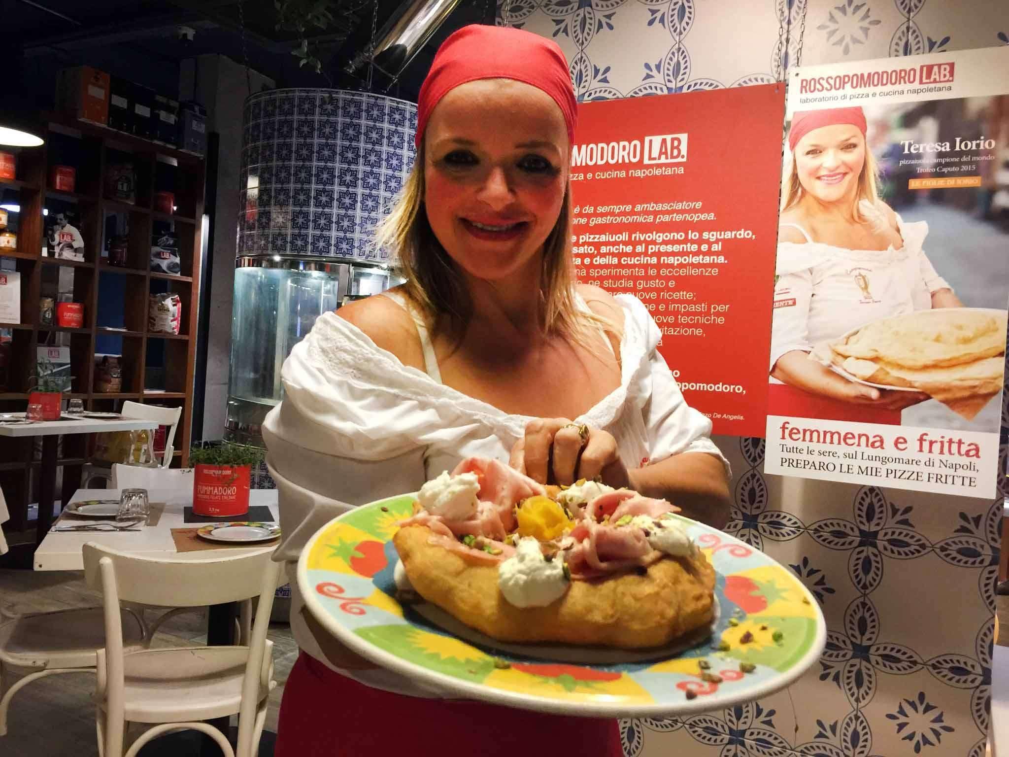 Тереза Иорио — женщина лучший пиццмейкер (пиццайоло) мира-2015