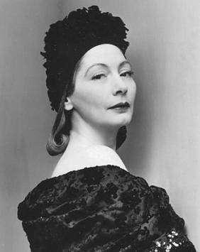 Валентина Санина-Шлее — основательница нью-йоркского Дома моды Valentina Gowns.