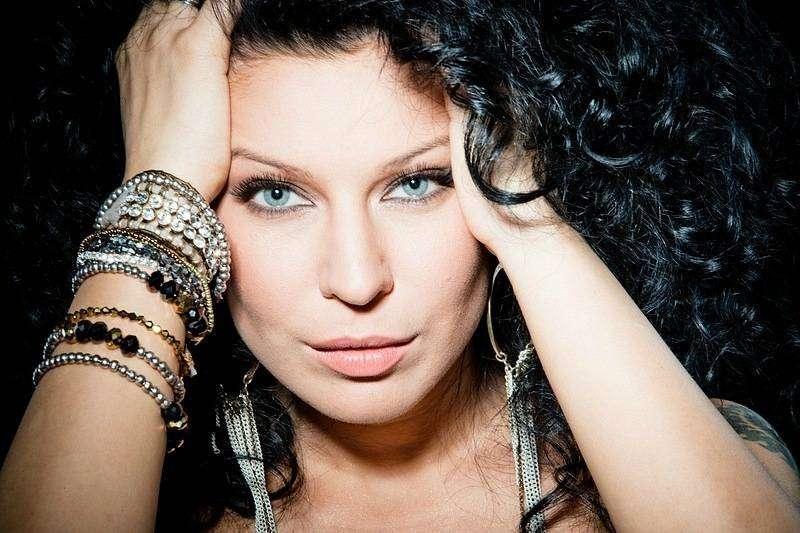 Ёлка — украинская и российская певица, биография