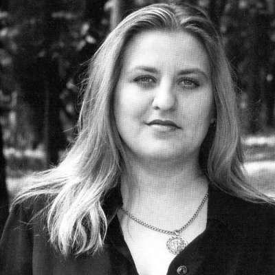 Катя Огонёк — королева русского шансона