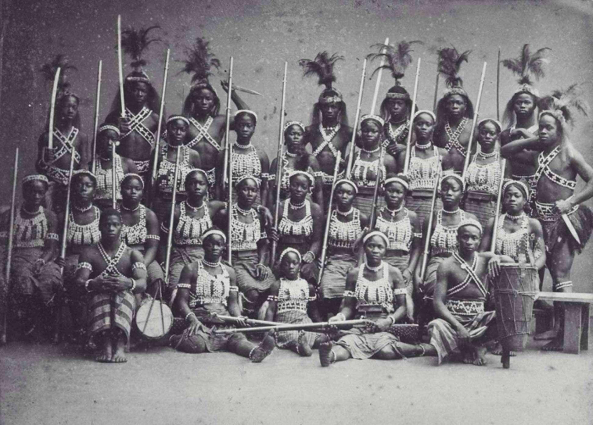 Дагомейские амазонки — женское военное формирование