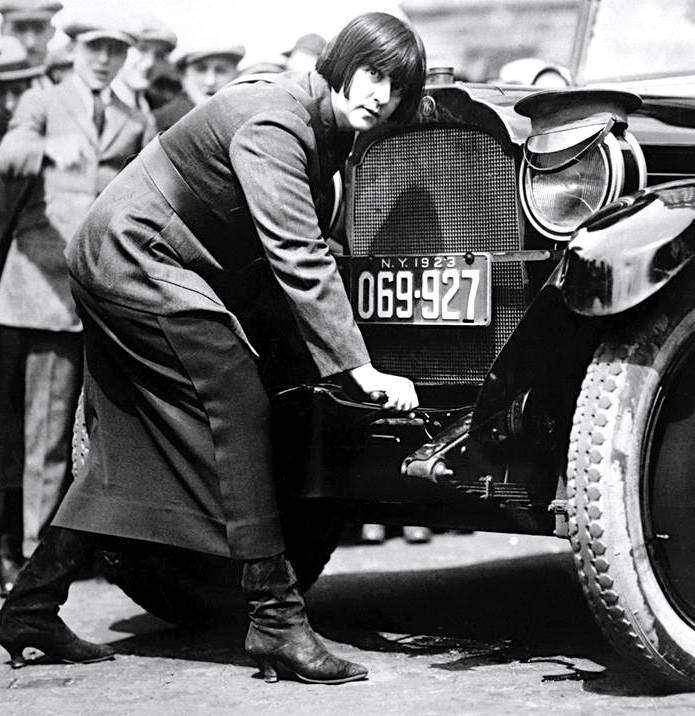 Элизабет фон Папп — первая женщина-таксист