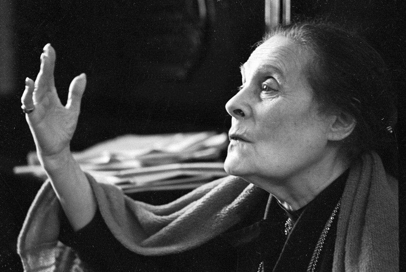Эльза Триоле — биография французской писательницы, сестры Лили Брик и жены Луи Арагона