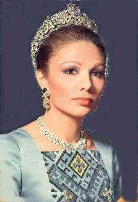 Фарах Пехлеви — первая и единственная современная императрица Ирана