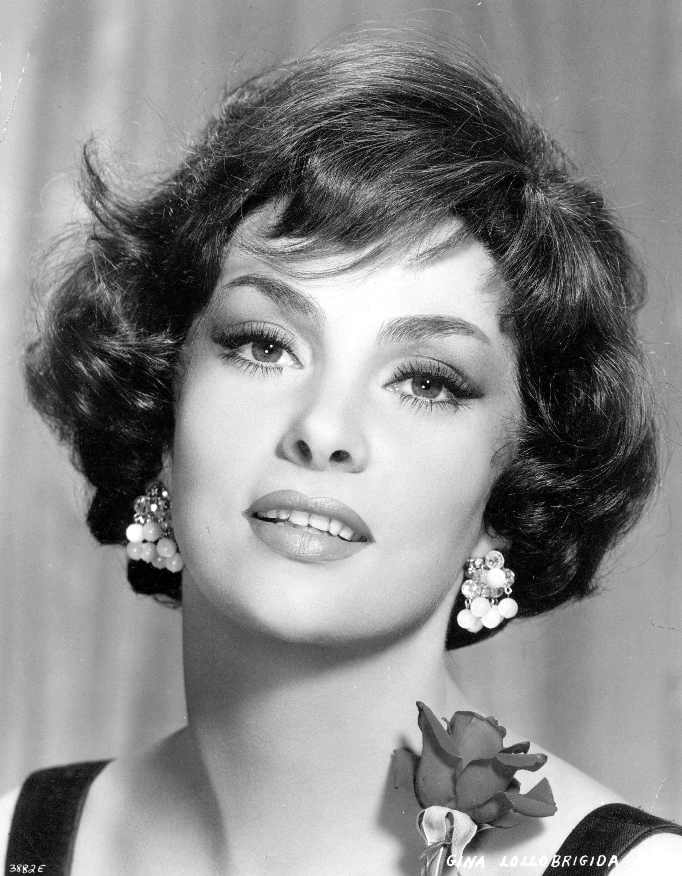 Джина Лоллобриджида — биография звезды итальянского кино