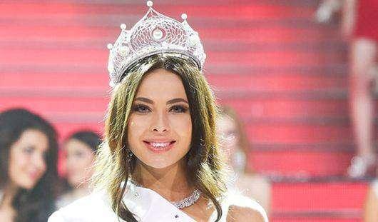 Юлия Алипова — Мисс Россия, от России на конкурсе «Мисс Вселенная — 2014».