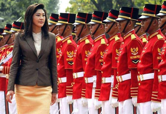 Йинглак Чиннават — первая женщина премьер-министр Тайланда
