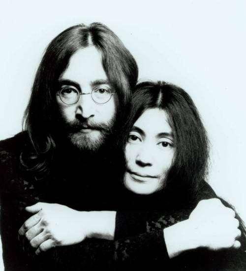 Йоко Оно и Джон Леннон: история любви. Вдова Леннона скоро отметит 80-летие.