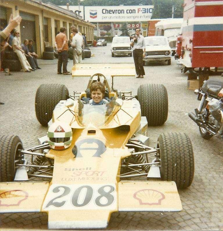 Лелла Ломбарди — единственная женщина набрала очки в зачет ЧМ Формулы-1
