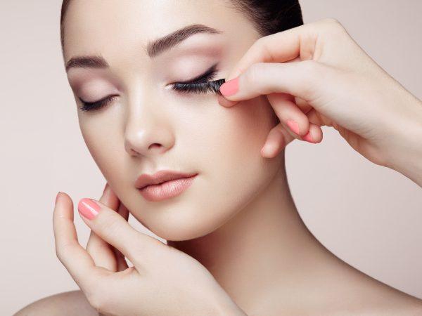 Правила нанесения макияжа на каждый день
